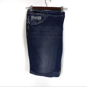 Y63 Amethyst Jean Shorts Size 22
